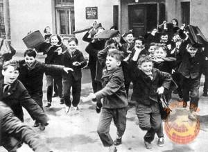 Советские школьники после уроков