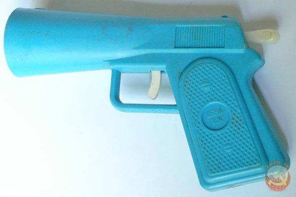 Детские пистолеты из СССР.