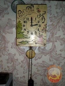 Часы с ходиками