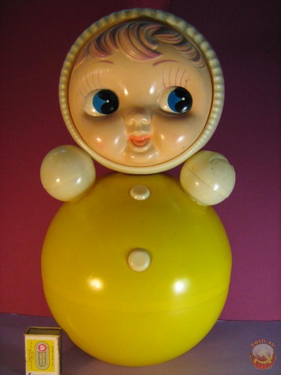 Дамы с любимыми игрушками лесбиянок массажный