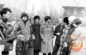 Дворовые песни под гитару в СССР