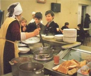 школьная столовая в СССР