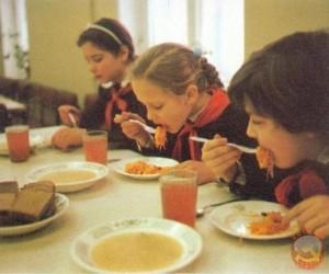 школьная столовая СССР