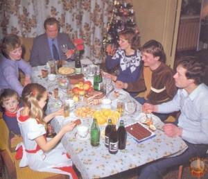 праздничный стол в советской семье