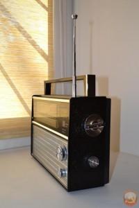 радиоприемник vef206 Вид сбоку