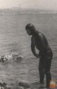 подводник в костюме