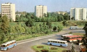 автобусы ЛАЗ и Икарус